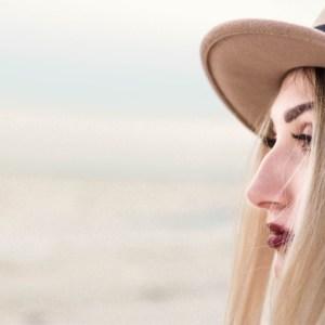 portret kobiecy sesja nad morzem