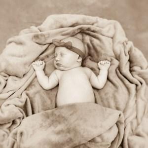 sesja dziecięca, fotografia nowordka